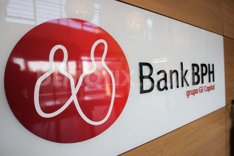 Polish Bank 'Bank BPH' Suspends BitMarket's Business Account